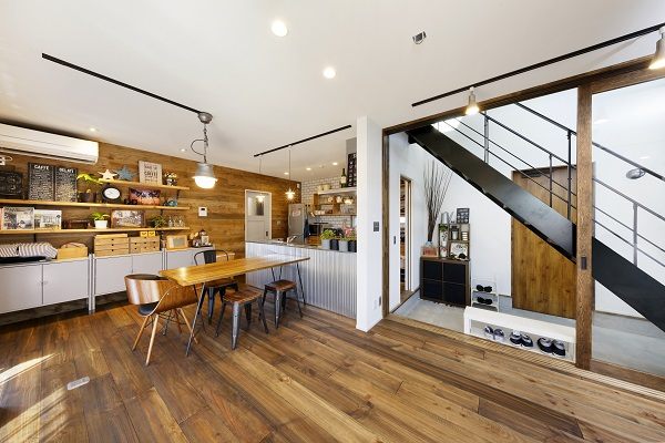 男前な雰囲気のオリジナルデザインの家