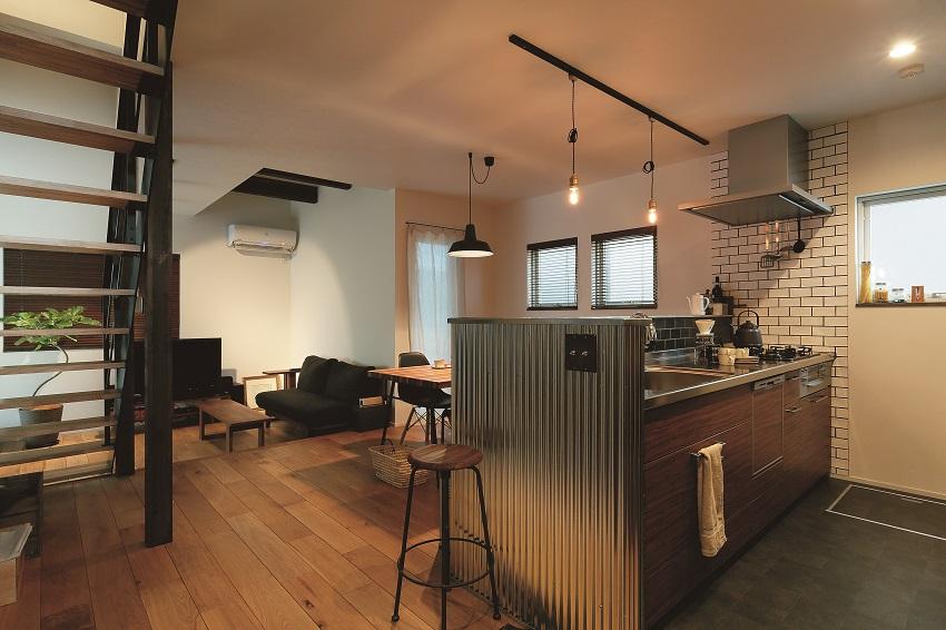 趣味を楽しむインダストリアルデザインの家